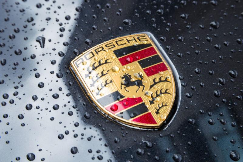 Immobilienwirtschaft Magazin shutterstock_719355487_2-800x534 Mit dem Porsche durch den Schwarzwald Aktuelles Allgemein Aus der Branche