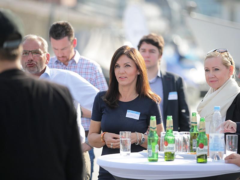 IWM-Aktuell 19 Offener Austausch für echte Mehrwerte Aktuelles Allgemein  Wohnungswirtschaft Spotlight NRW networking goldgas BEST GRUPPE