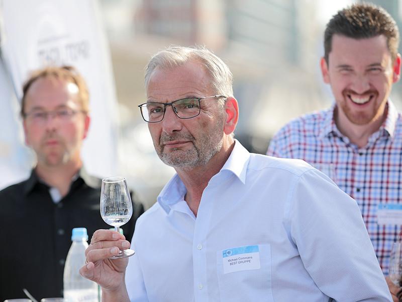 IWM-Aktuell 20 Offener Austausch für echte Mehrwerte Aktuelles Allgemein  Wohnungswirtschaft Spotlight NRW networking goldgas BEST GRUPPE