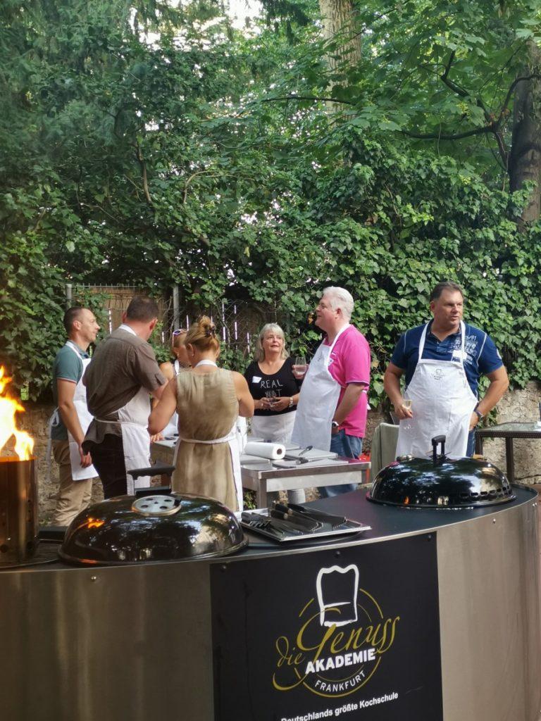 IWM-Aktuell IMG_20190625_191739-768x1024 Open-Cooking-Saison startet in der Genussakademie Frankfurt Aktuelles Allgemein Tafelrunde  Wohnungswirtschaft Open Cooking networking Frankfurt a. M. Event