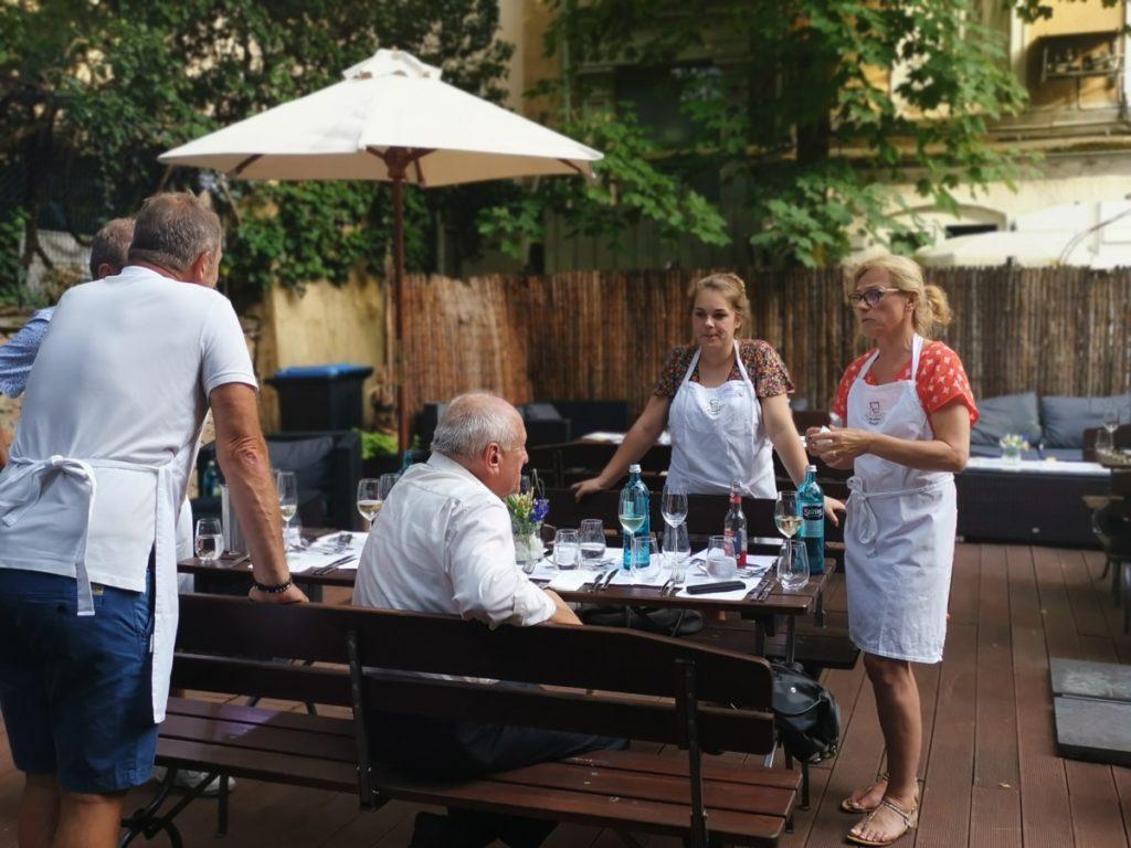 IWM-Aktuell IMG_20190625_191754-1024x768 Open-Cooking-Saison startet in der Genussakademie Frankfurt Aktuelles Allgemein Tafelrunde  Wohnungswirtschaft Open Cooking networking Frankfurt a. M. Event