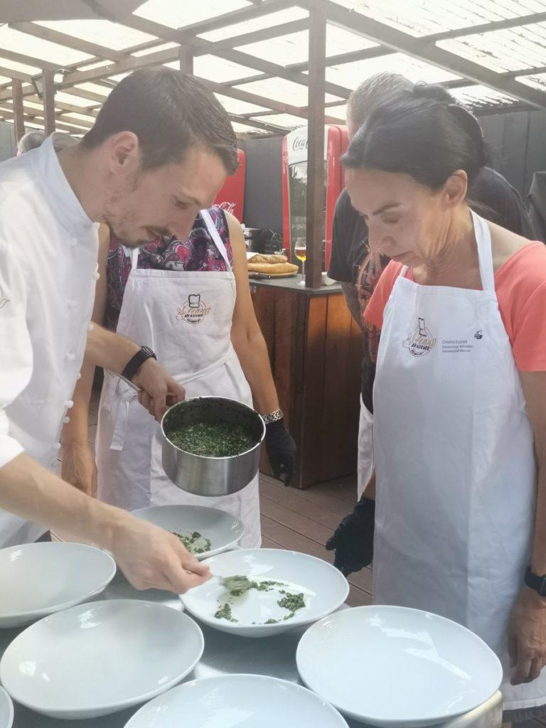IWM-Aktuell IMG_20190625_202600-1-768x1024 Open-Cooking-Saison startet in der Genussakademie Frankfurt Aktuelles Allgemein Tafelrunde  Wohnungswirtschaft Open Cooking networking Frankfurt a. M. Event
