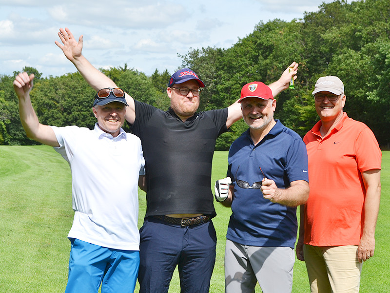 IWM-Aktuell 06 Schön schwer Aktuelles WOWI-Golftour