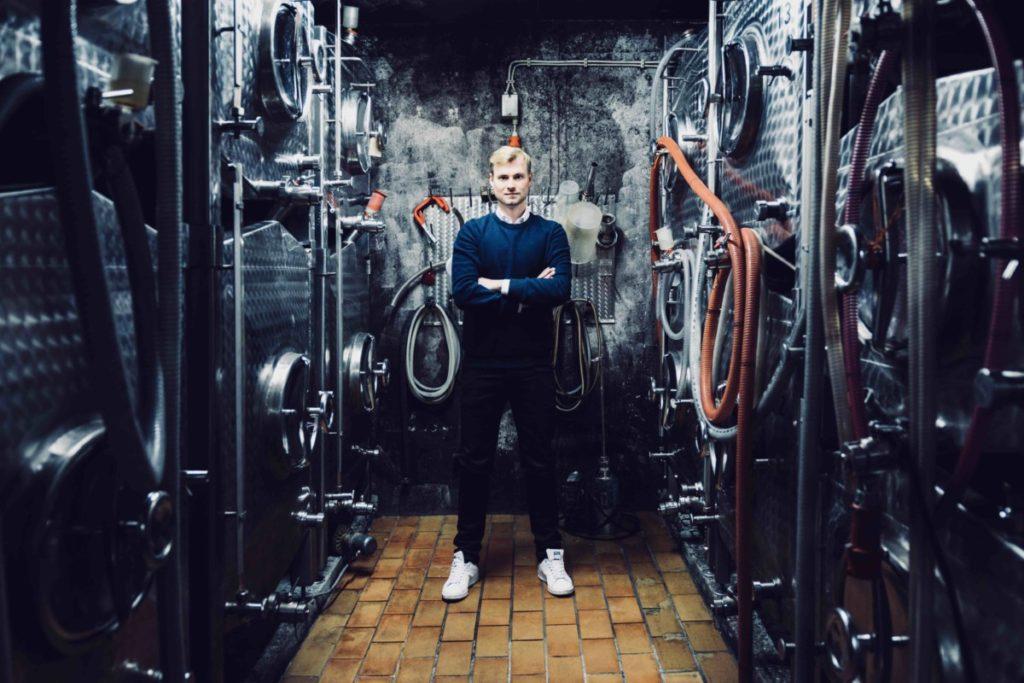 IWM-Aktuell 2-Thomas-1024x683 Mit Wein verbindet man Geschichten Allgemein Weinprobe  PresseCompany Interview Digital Wine Tasting